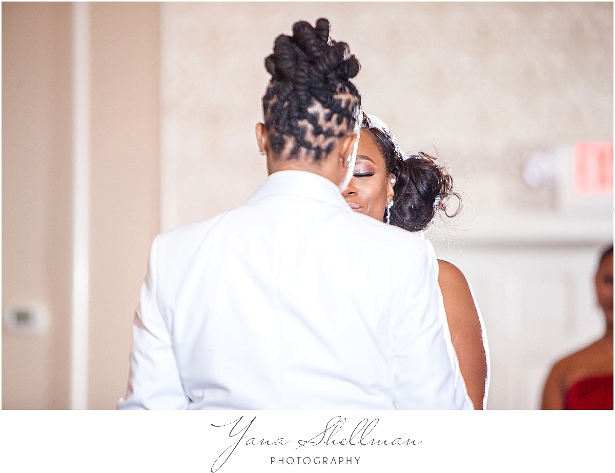 Philadelphia Regal Ballroom wedding by the best photojornalistic Wedding Photographers near Philadelphia