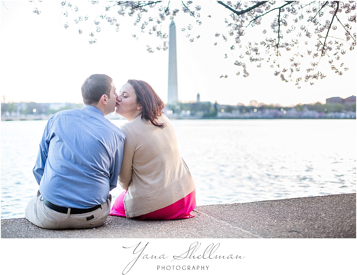 Washington DC Engagement Session by Philadelphia Wedding Photographer