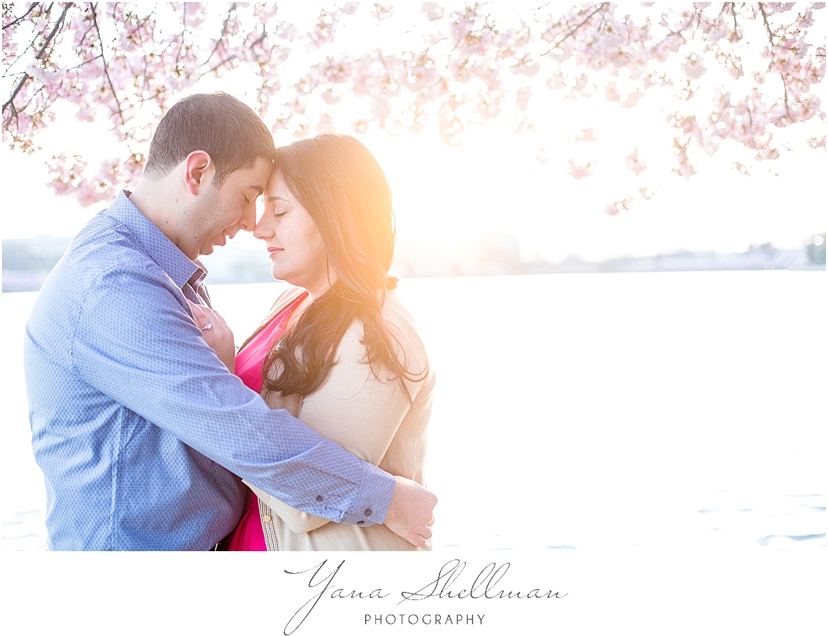 Philly Engagement Photos by Philadelphia Wedding Photographers