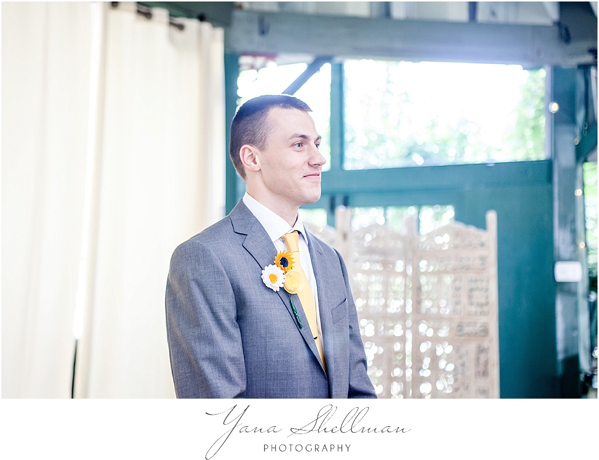 Vandiver Inn Wedding by Vineland Wedding Photographer