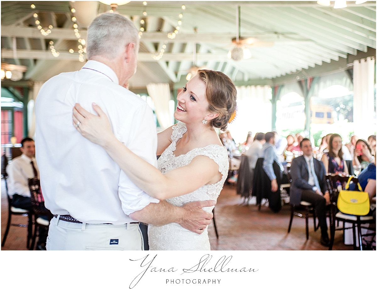 rustic Vandiver Inn Wedding by South Jersey Wedding Photographers