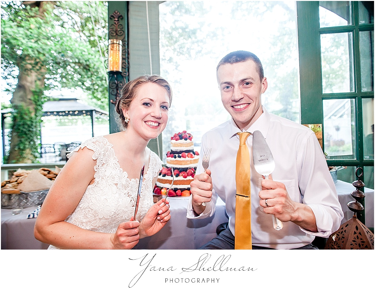 rustic Vandiver Inn Wedding by the best NJ Wedding Photographers