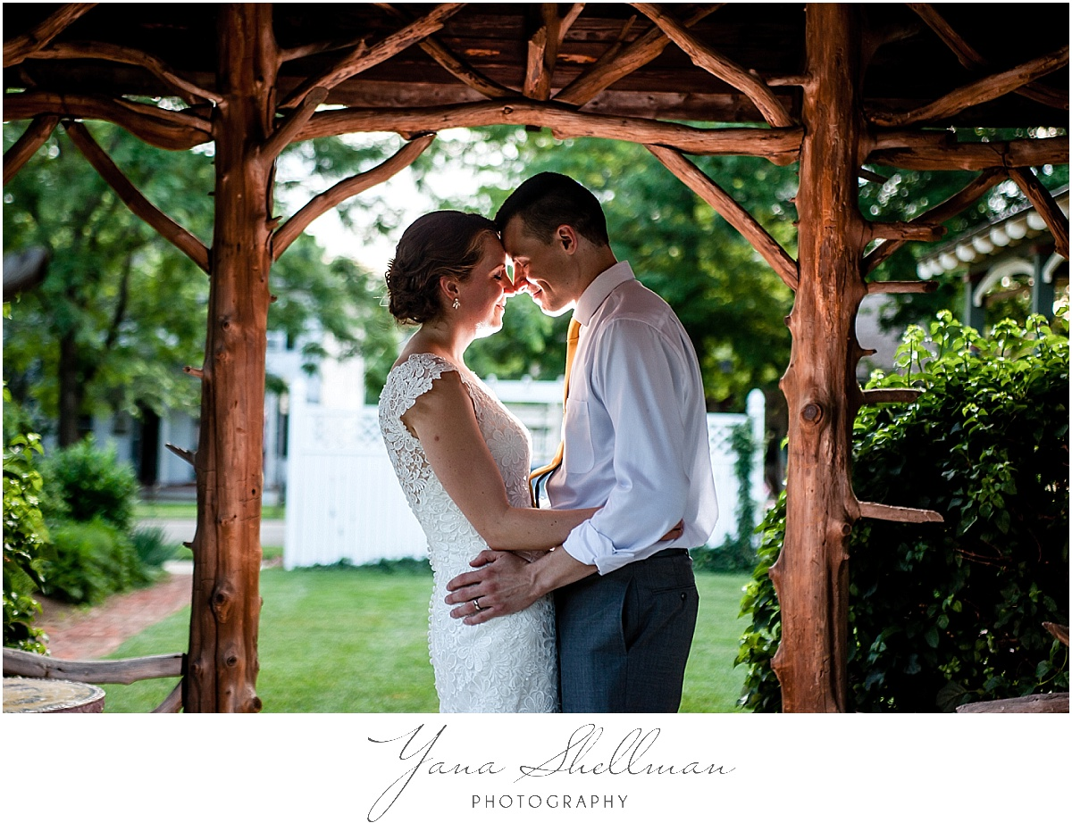Vandiver Inn Wedding by the best NJ Wedding Photographers
