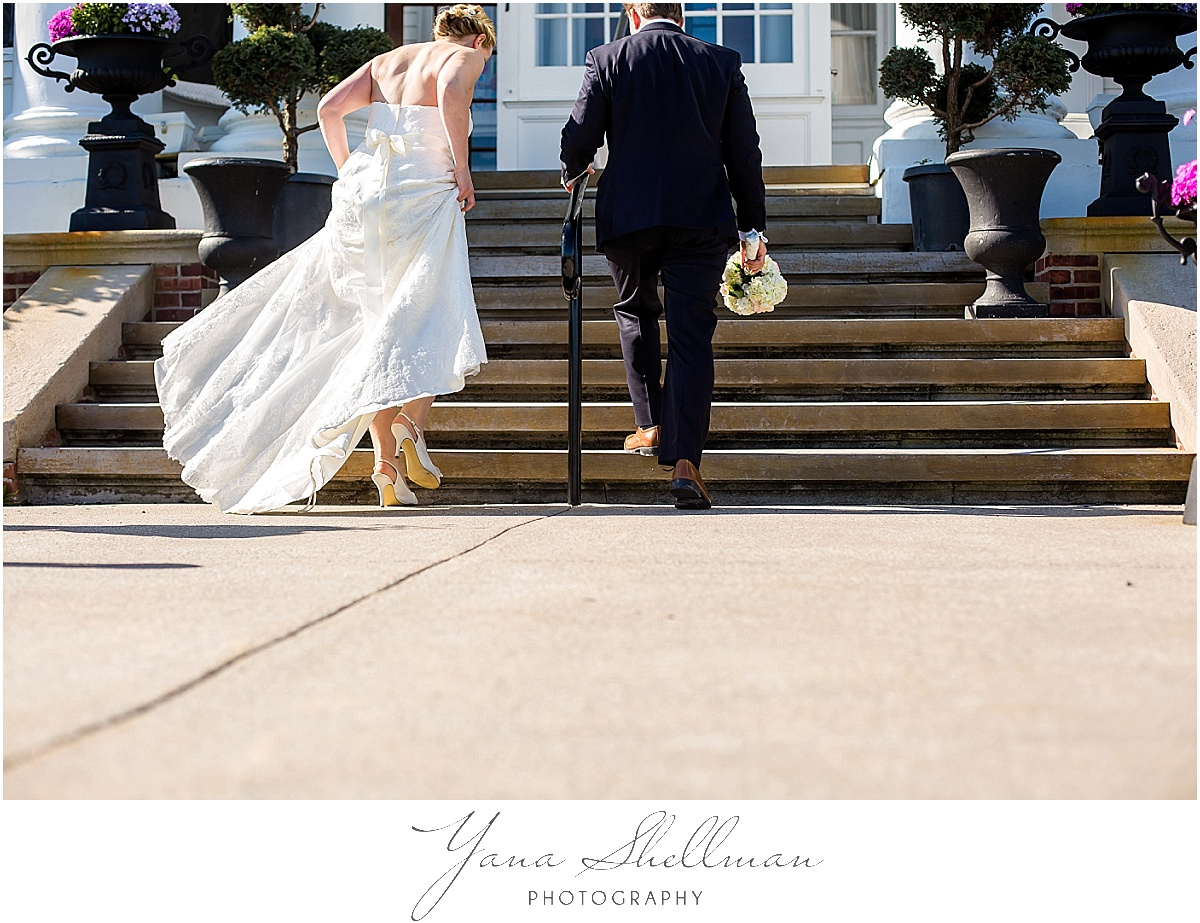 Avalon Yacht Club Wedding Photos by Cherry Hill Wedding Photographer