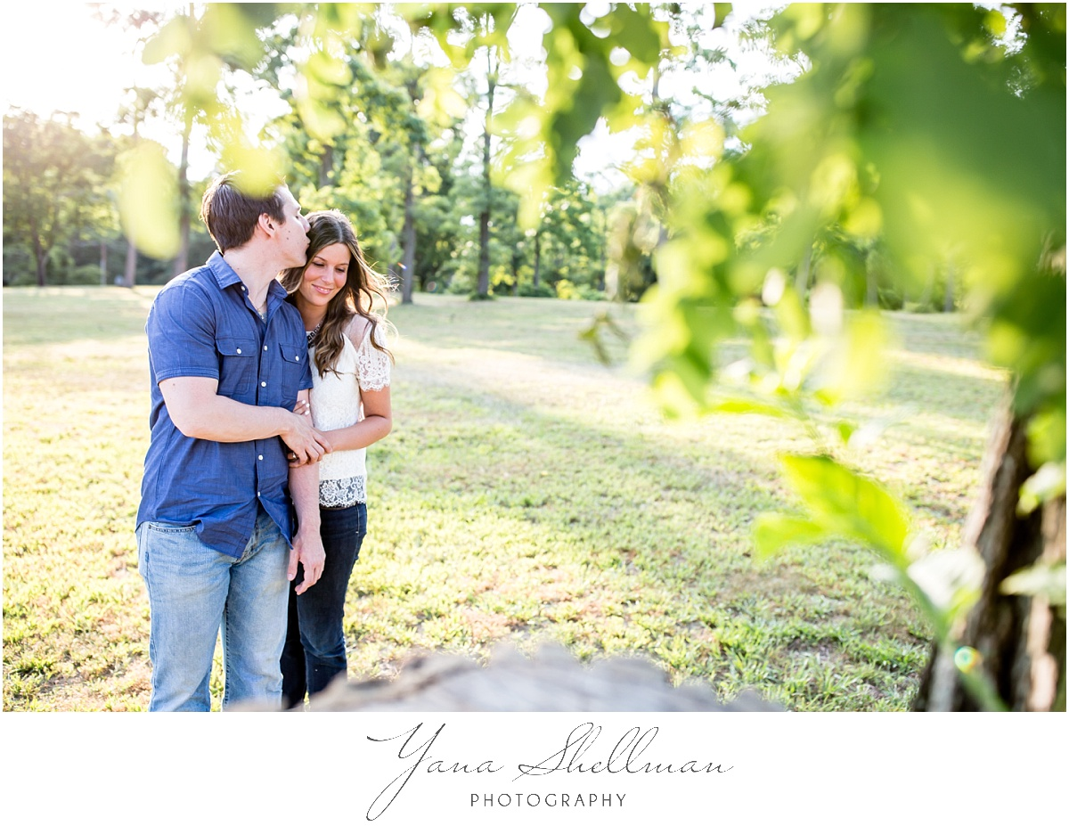 Lakeside Manor Wedding by Cherry Hill Wedding Photographer - Lindsay+Rob Philly Engagement Session