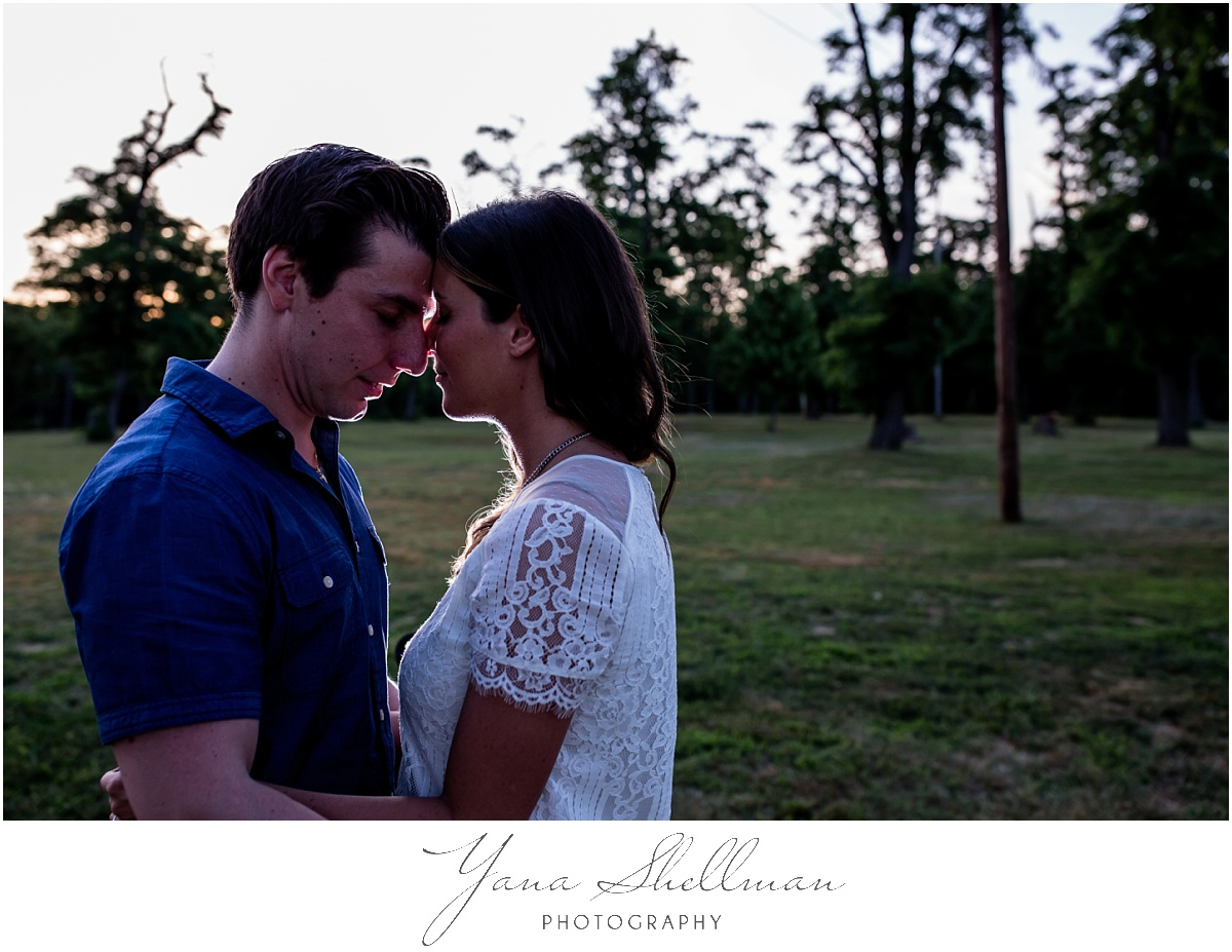 Clarks Landing Yacht Club, Delran Wedding by Philadelphia Wedding Photographers - Lindsay+Rob Philly Engagement Session