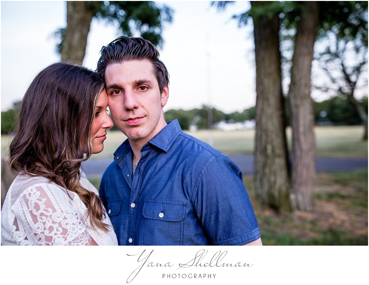 Crowne Plaza Cherry Hill Wedding by Philadelphia Wedding Photographers - Lindsay+Rob Philly Engagement Session