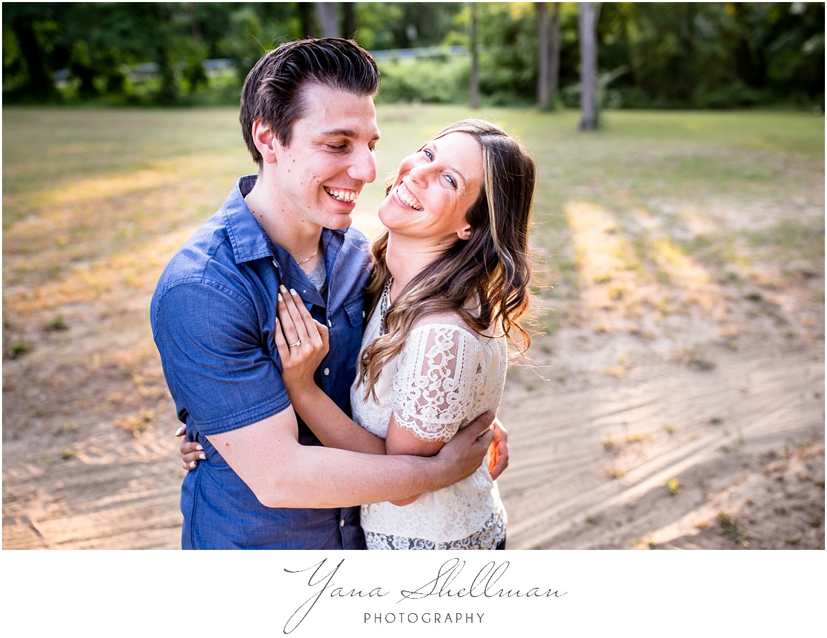 Cedar Gardens Wedding by Philly Wedding Photographer - Lindsay+Rob Philly Engagement Session