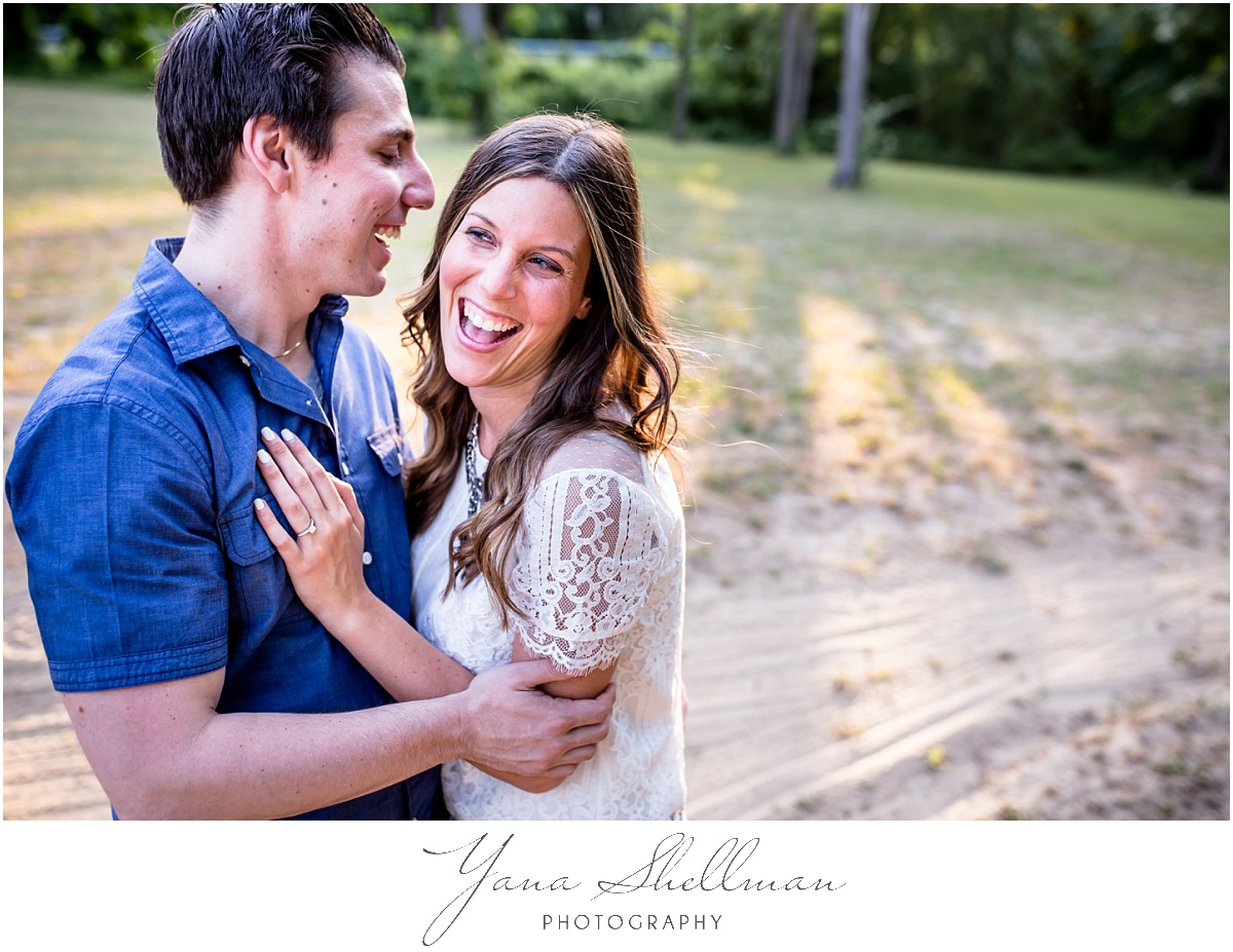 Indian Spring Country Club Wedding by Philadelphia Wedding Photographer - Lindsay+Rob Engagement Session