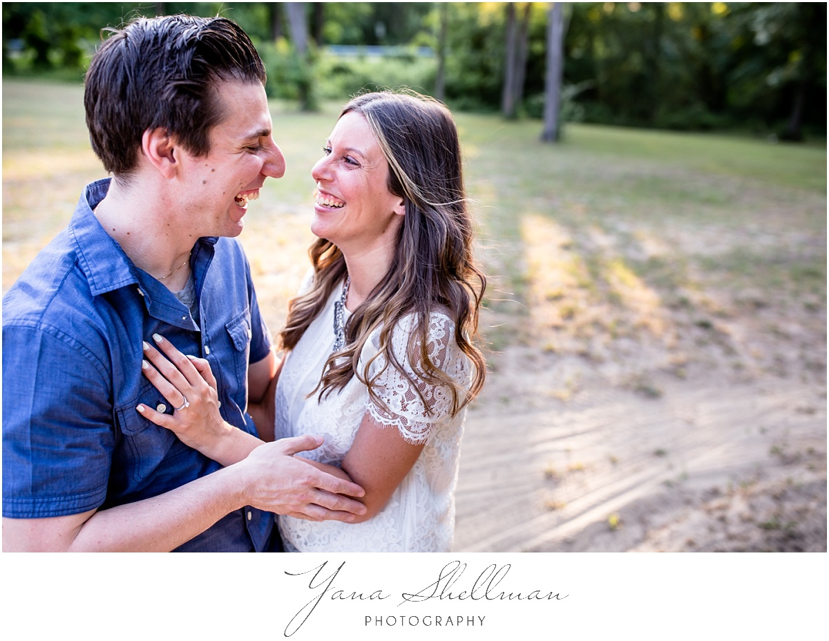 Lakeside Manor Wedding by Haddonfield Wedding Photographer - Lindsay+Rob Philly Engagement Session