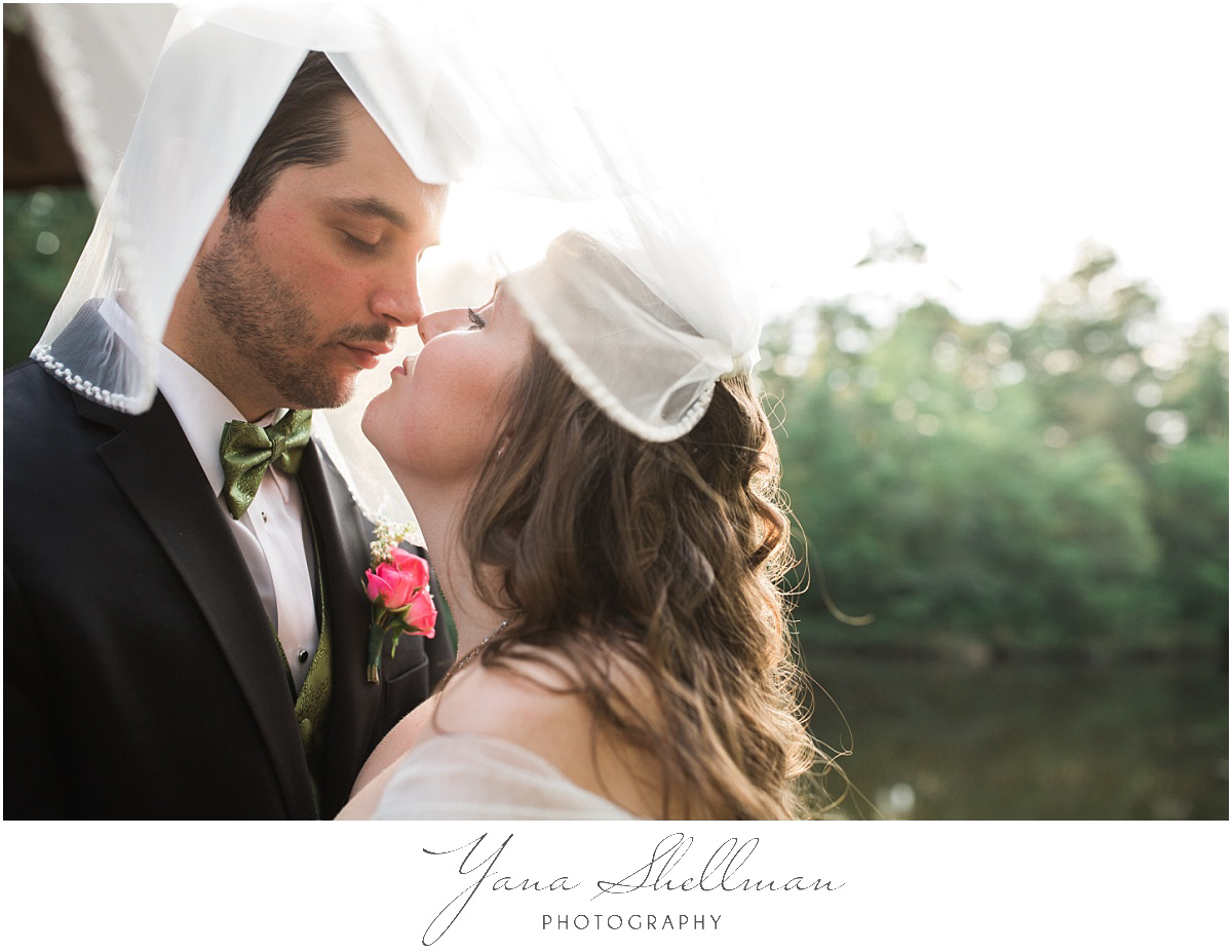 Lakeside at Medford Wedding by Delran Wedding Photographers - Jane+Mark South Jersey Wedding Photos