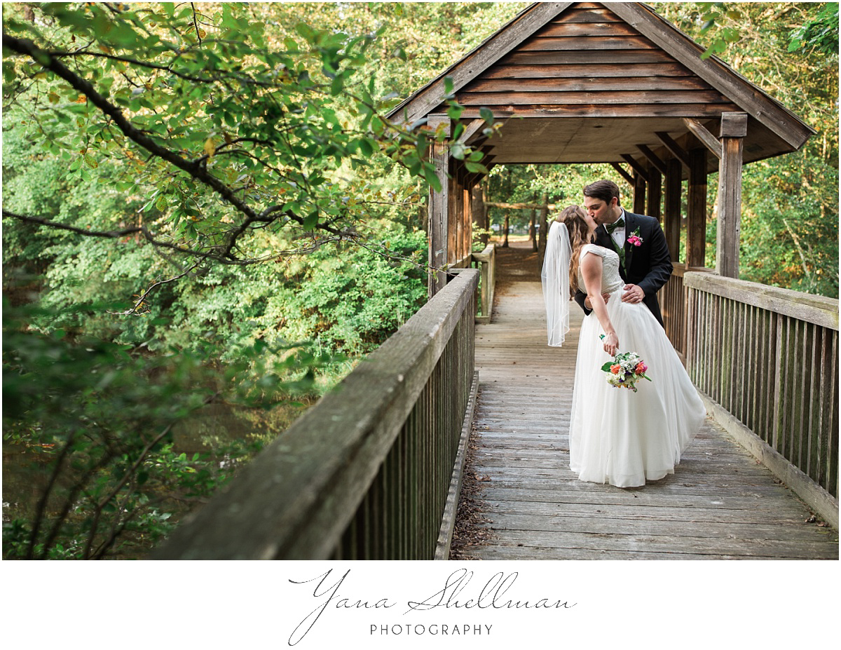 Lakeside at Medford Wedding by Center City Philly Wedding Photographer - Jane+Mark South Jersey Wedding Photos