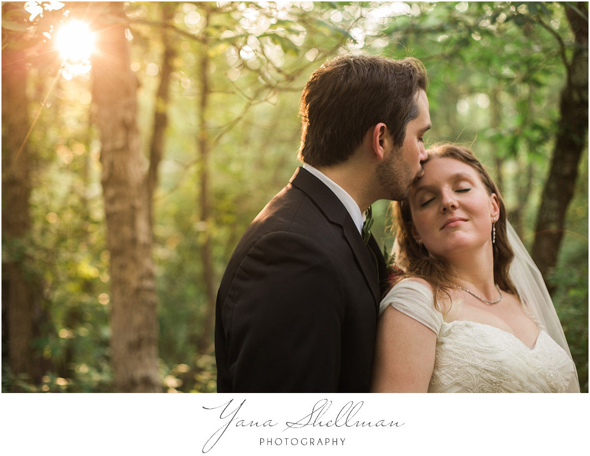 Lakeside at Medford Wedding by the best Center City Philly Wedding Photographer - Jane+Mark South Jersey Wedding Photos