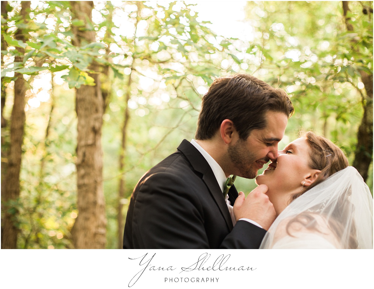 Lakeside at Medford Wedding by the best Center City Philly Wedding Photographers - Jane+Mark South Jersey Wedding Photos