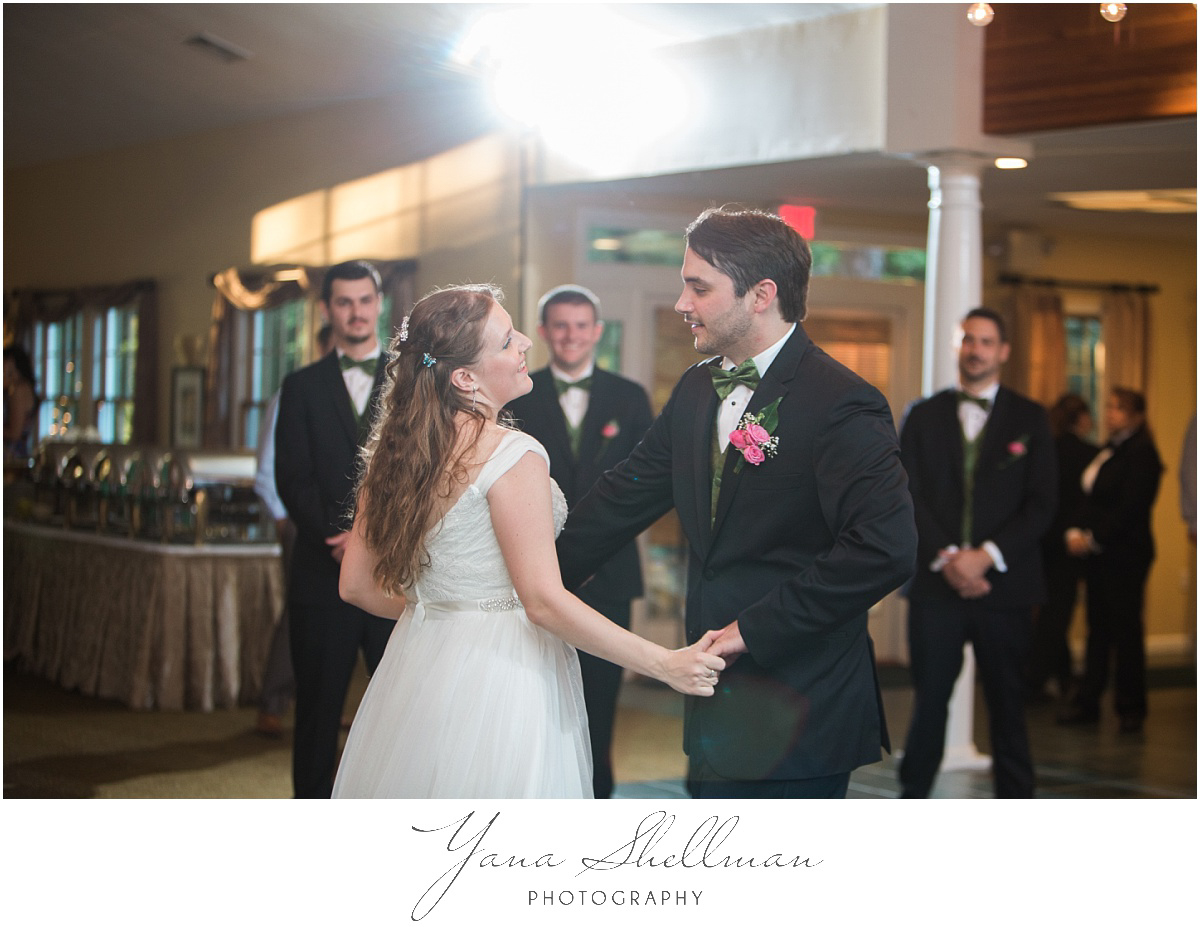 Lakeside at Medford Wedding by the best Moorestown Wedding Photographer - Jane+Mark South Jersey Wedding Photos