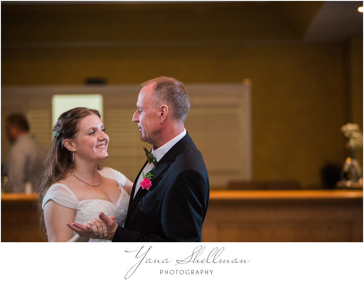 Lakeside at Medford Wedding by Lumberton Wedding Photographers - Jane+Mark South Jersey Wedding Photos