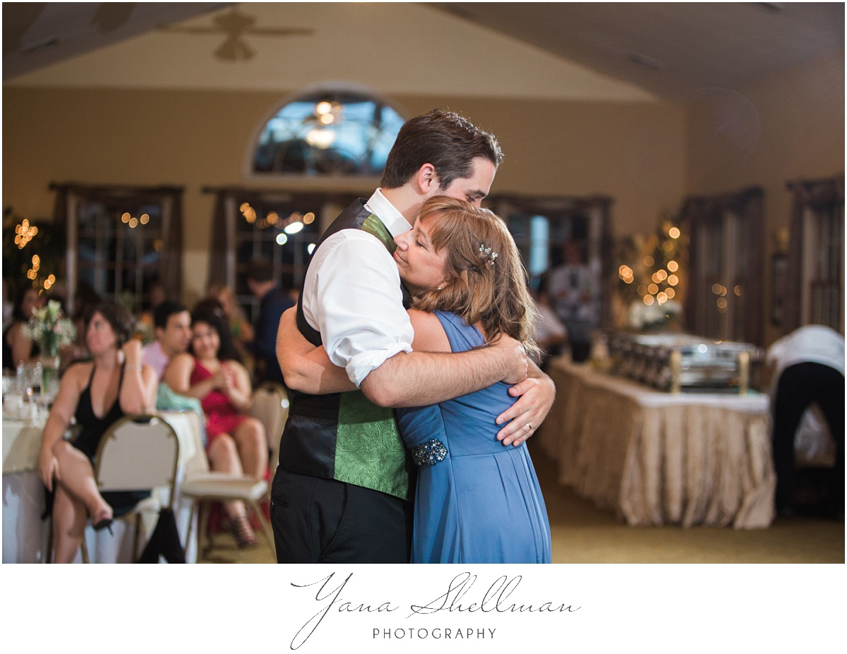 Lakeside at Medford Wedding by Mt. Laurel Wedding Photographer - Jane+Mark South Jersey Wedding Photos
