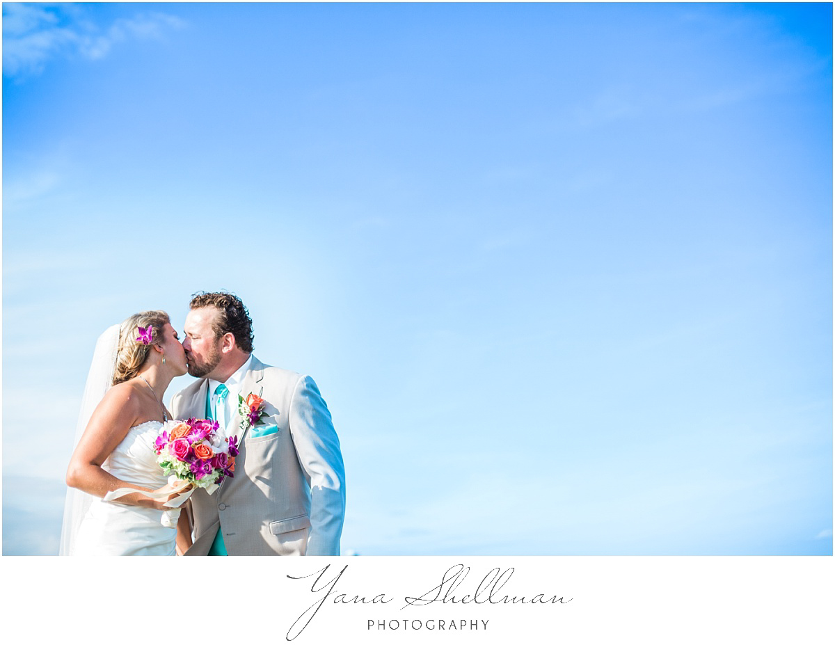 ciros-ristorante-italiano-wedding-photos-by-cape-may-wedding-photographer-christinanick-wedding