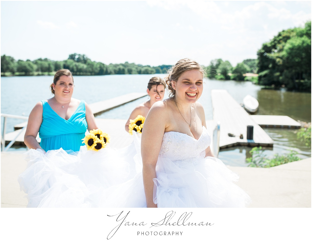 camden-county-boathouse-wedding-photos-by-the-best-delran-wedding-photographers-emilybob-wedding