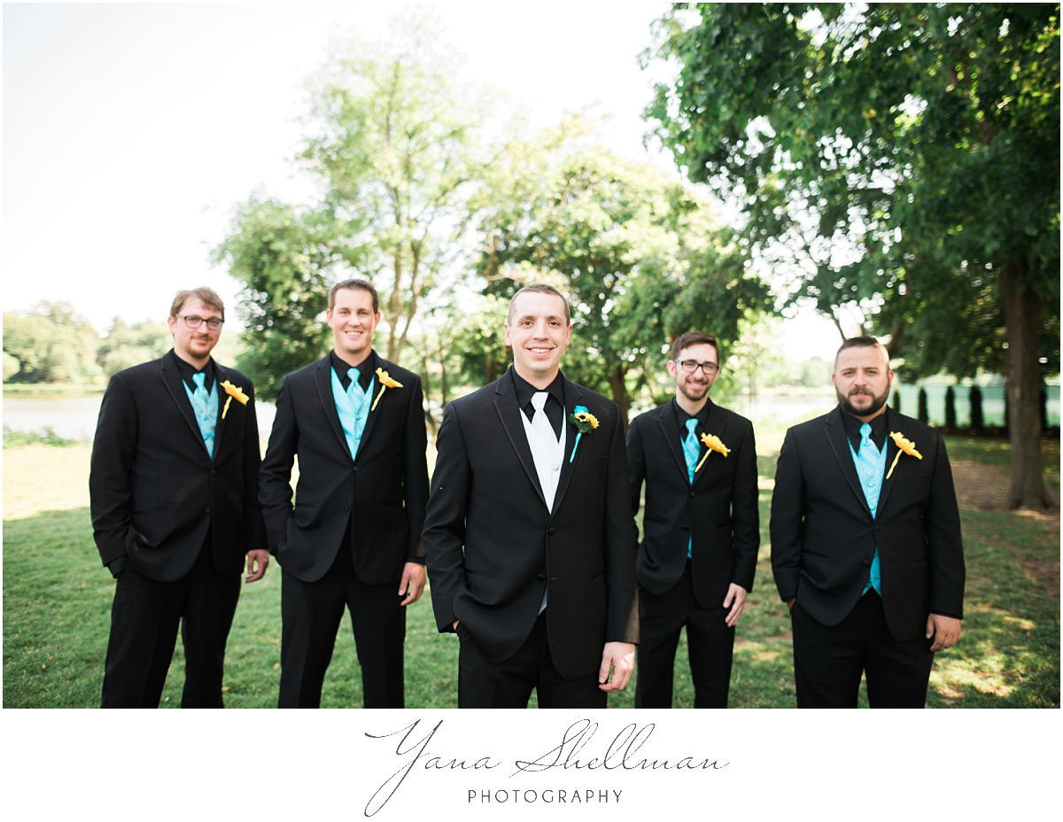 camden-county-boathouse-wedding-photos-by-moorestown-wedding-photographers-emilybob-wedding