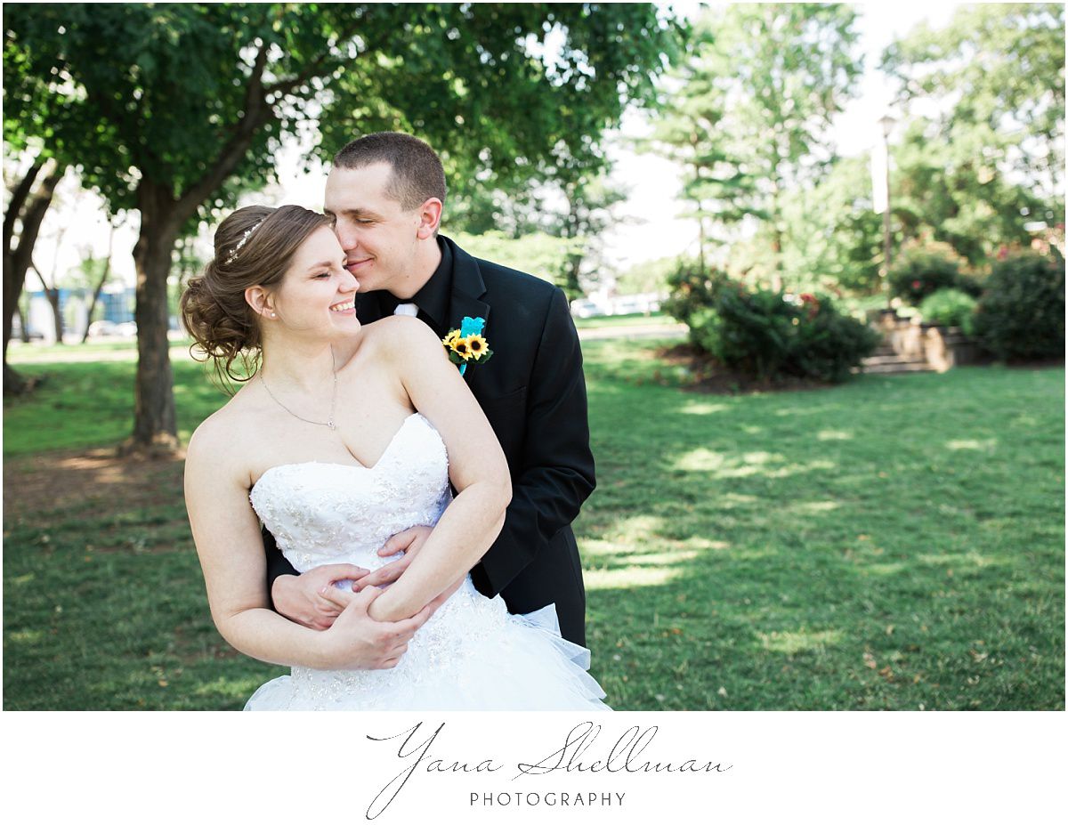 camden-county-boathouse-wedding-photos-by-philadelphia-wedding-photographer-emilybob-wedding