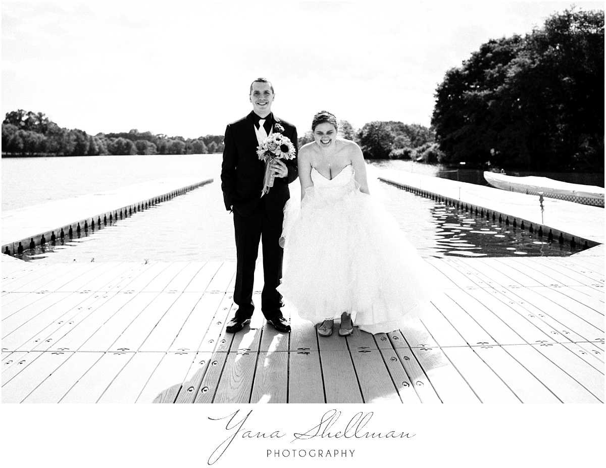 camden-county-boathouse-wedding-photos-by-the-best-center-city-philly-wedding-photographer-emilybob-wedding