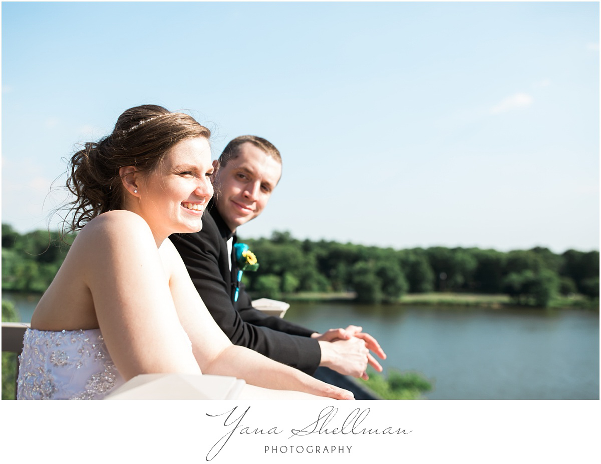 camden-county-boathouse-wedding-photos-by-lumberton-wedding-photographer-emilybob-wedding