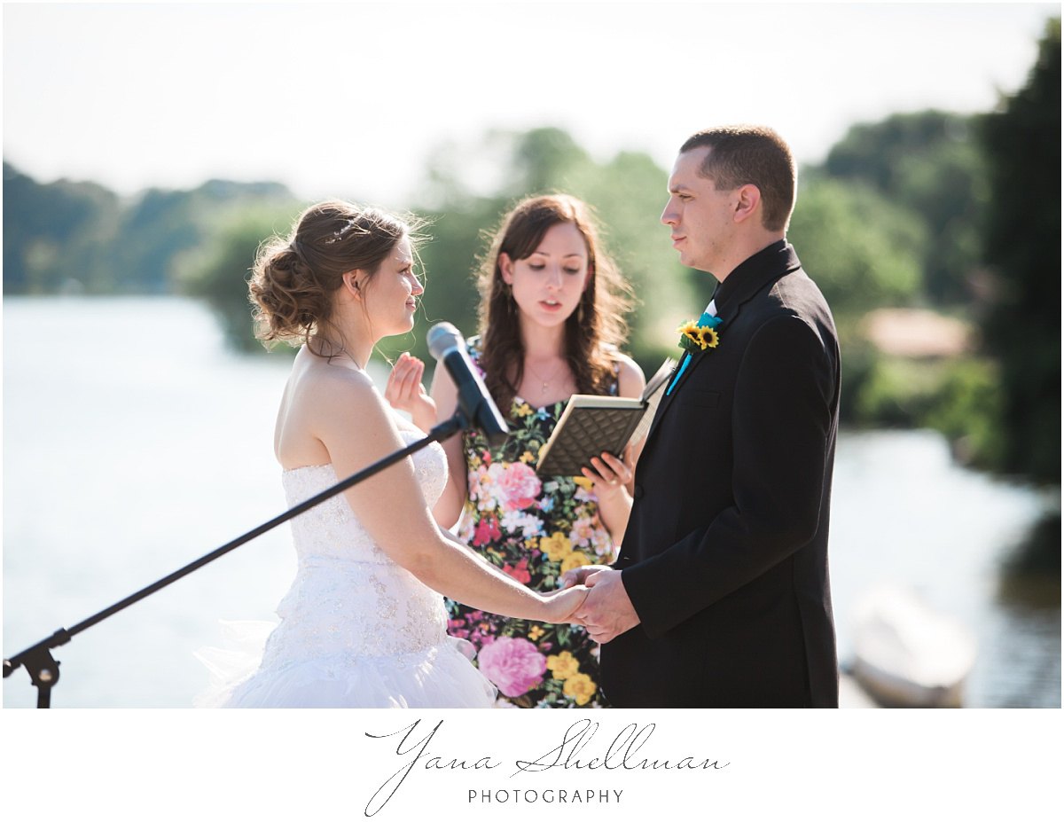 camden-county-boathouse-wedding-photos-by-the-best-deptford-wedding-photographers-emilybob-wedding