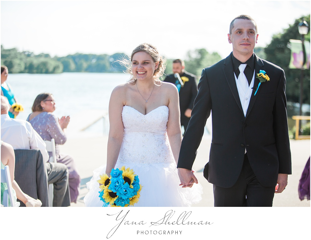 camden-county-boathouse-wedding-photos-by-the-best-voorhees-wedding-photographer-emilybob-wedding