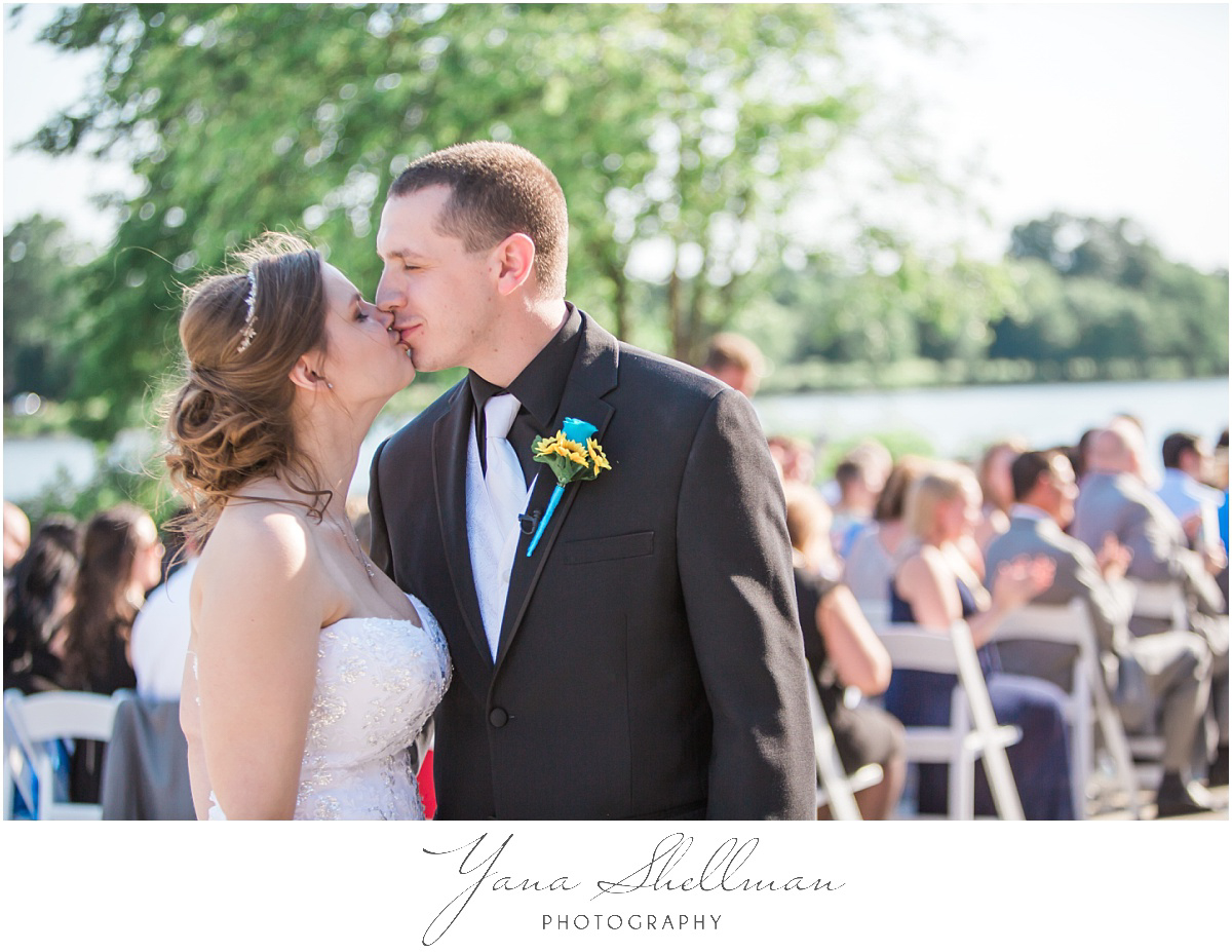 camden-county-boathouse-wedding-photos-by-the-best-voorhees-wedding-photographers-emilybob-wedding
