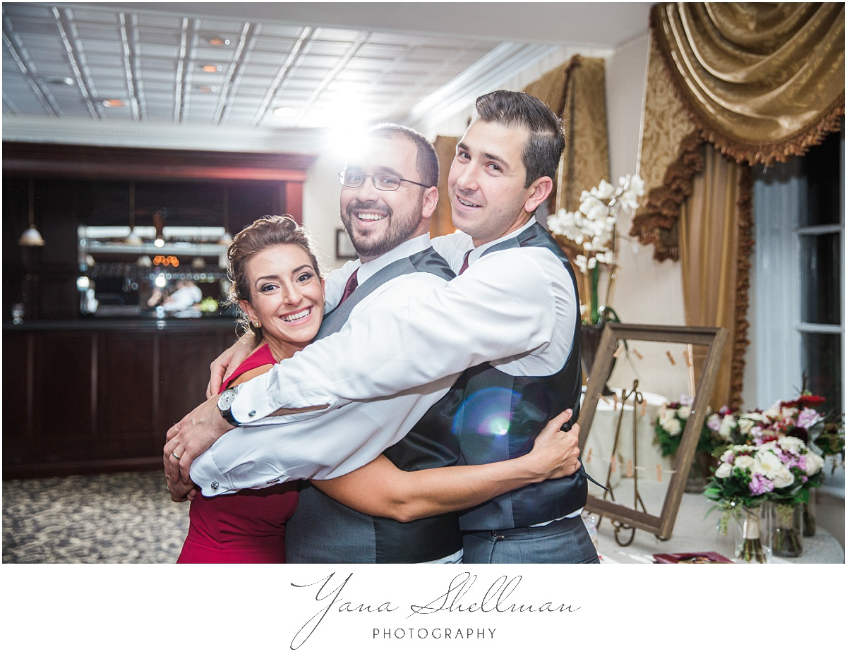 washington-crossing-inn-wedding-photos-by-the-best-deptford-wedding-photographer-light-and-airy-noratony-wedding-photos
