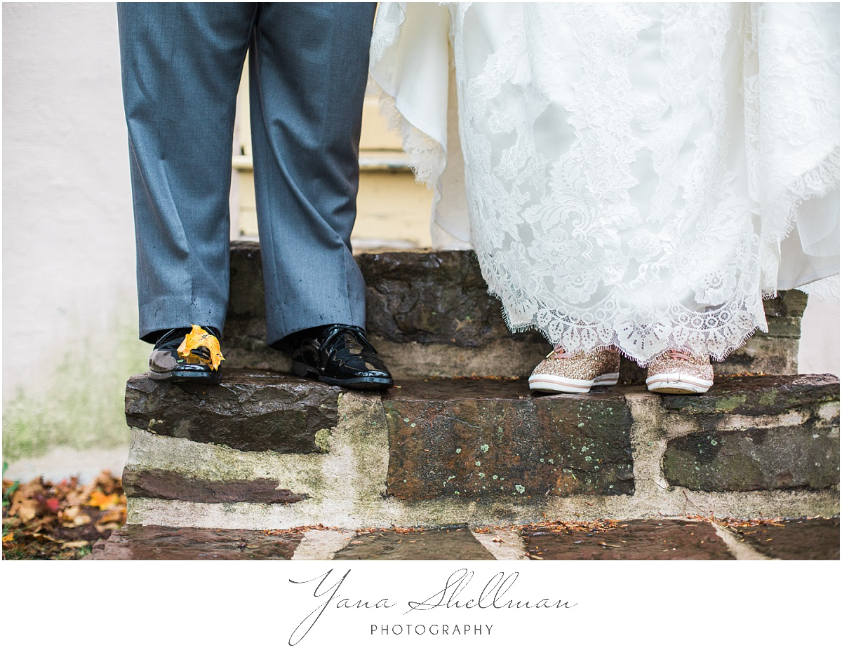 washington-crossing-inn-wedding-photos-by-the-best-cherry-hill-wedding-photographers-light-and-airy-noratony-wedding-photos