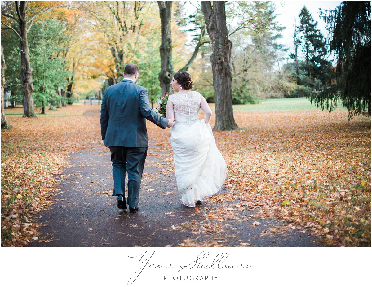 washington-crossing-inn-wedding-photos-by-the-best-marlton-wedding-photographer-light-and-airy-noratony-wedding-photos