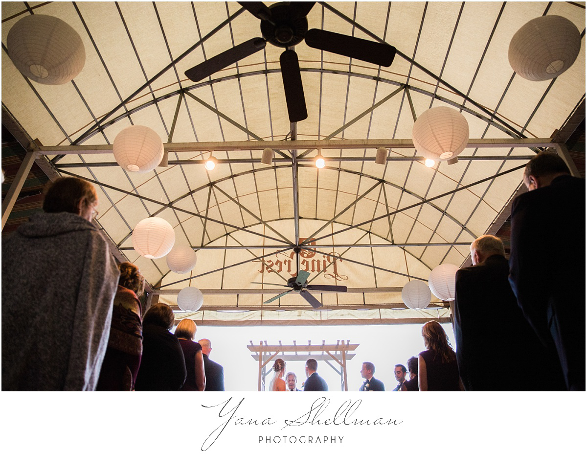 pinecrest-country-club-wedding-photos-by-vineland-wedding-photographers-aliciachris-romantic-light-and-airy-wedding-photos