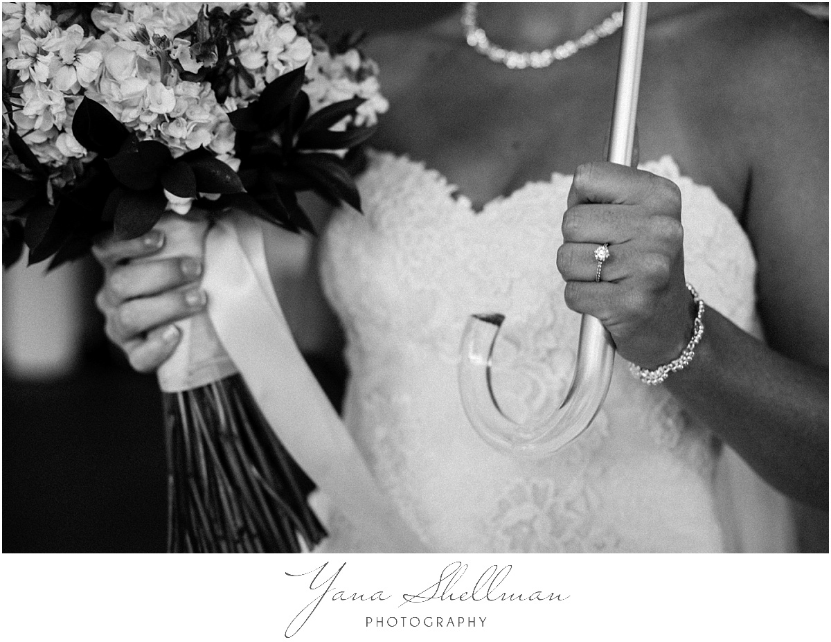 the-hamilton-manor-wedding-photos-by-south-jersey-wedding-photographer-aliciachris-romantic-light-and-airy-wedding-photos
