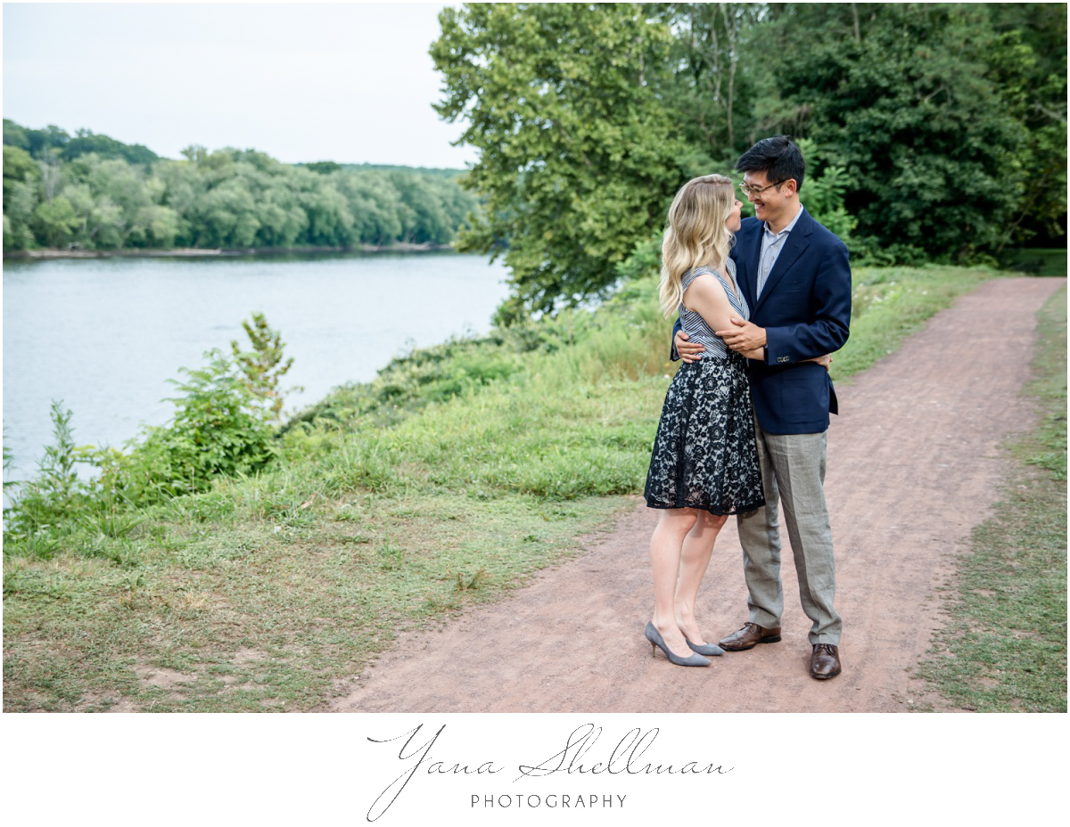 Centre Bridge Inn Wedding Photos by Lambertville Wedding Photographer - Rachel+Sinan Wedding Photos