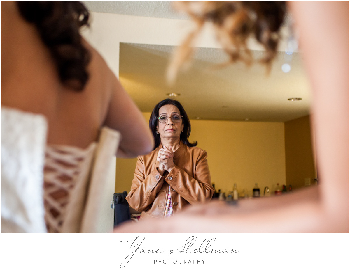 The Swan Club Wedding Photos by Jersey City Wedding Photographer - Nimita+Joe Wedding Photos