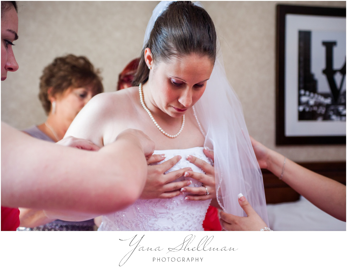 Radisson Hotel Philadelphia Wedding Photos by South Jersey Wedding Photographers - Rachel+Rick Wedding Photos