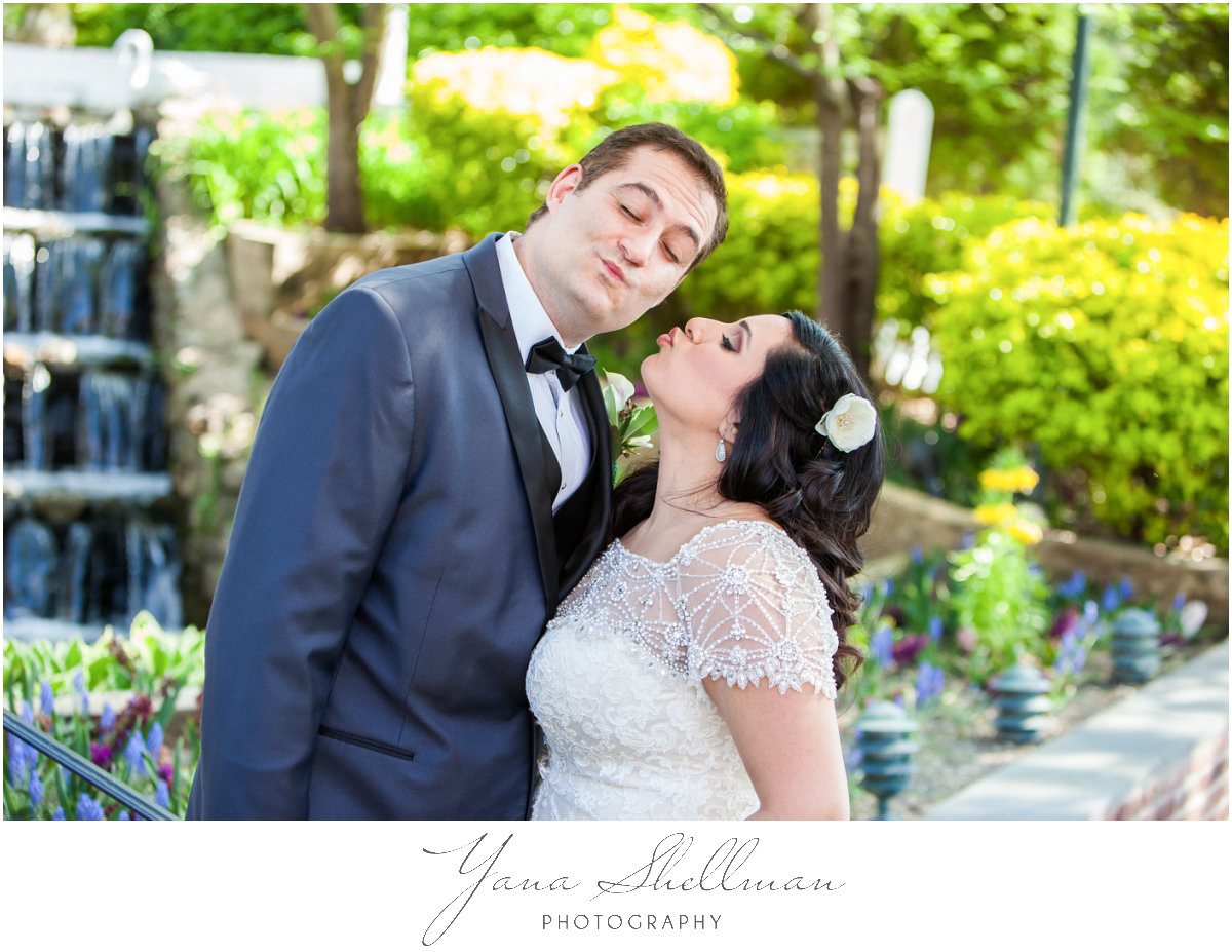 The Swan Club Wedding Photos by the best Philly Wedding Photographers - Nimita+Joe Wedding Photos