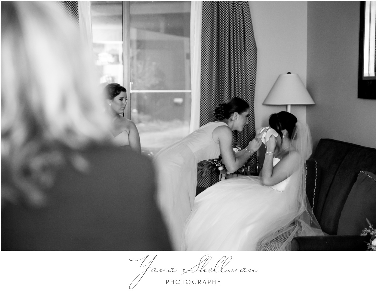 Bear Creek Mountain Resort Wedding Photos by the best Center City Philly Wedding Photographer - Tiffany+Mike Wedding Photos