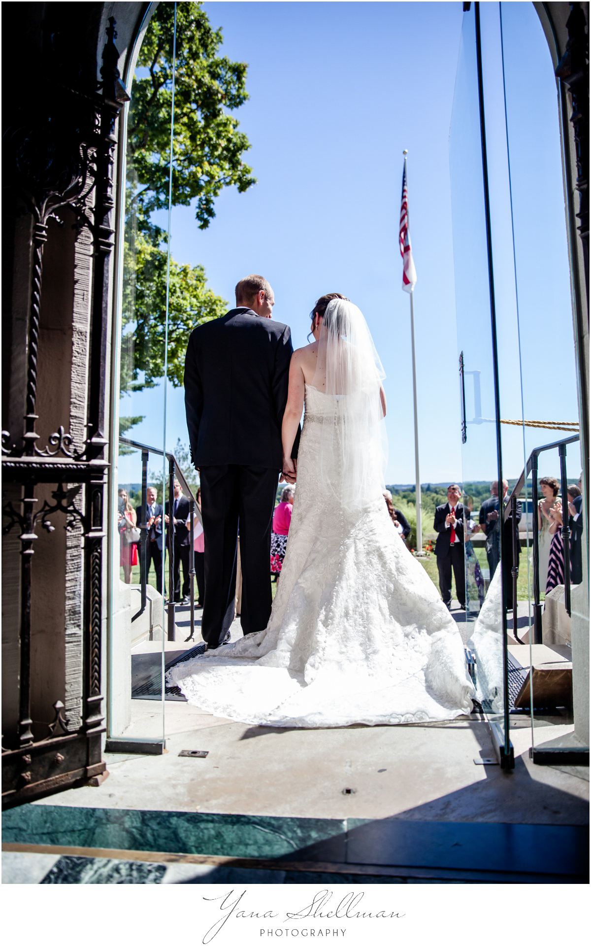 Radnor Valley Country Club Wedding Photos by the best Cherry Hill Wedding Photographers - Alex+Kelli Wedding Photos