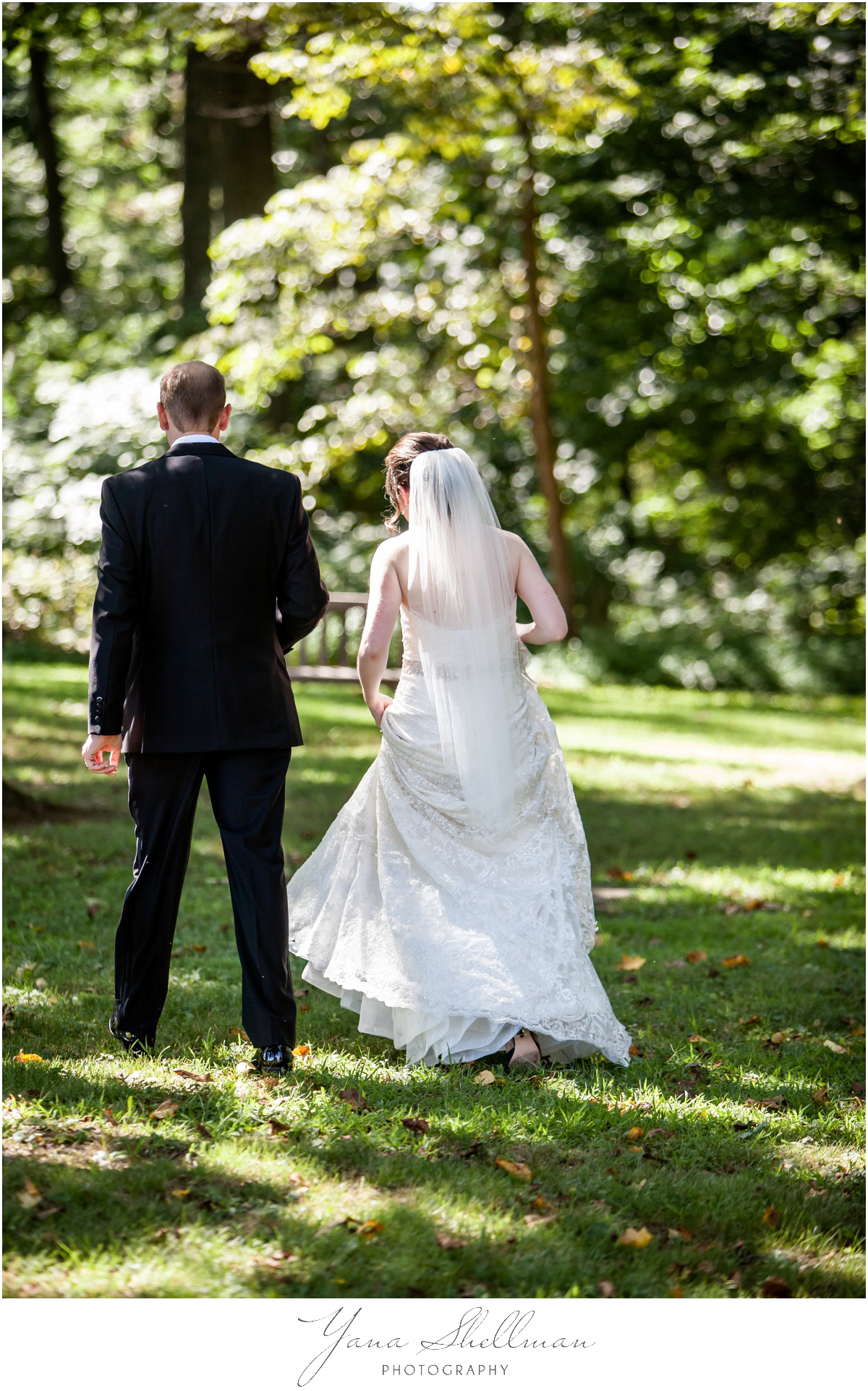 Radnor Valley Country Club Wedding Photos by LBI Wedding Photographers - Alex+Kelli Wedding Photos