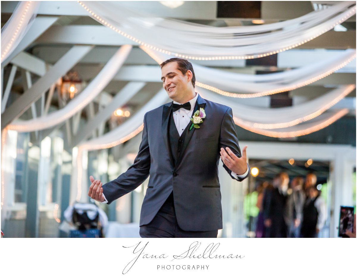 The Swan Club Wedding Photos by Cherry Hill Wedding Photographers - Nimita+Joe Wedding Photos