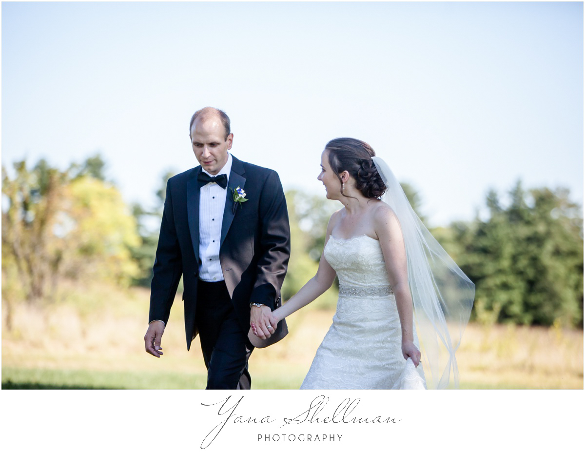 Radnor Valley Country Club Wedding Photos by Medford Wedding Photographers - Alex+Kelli Wedding Photos