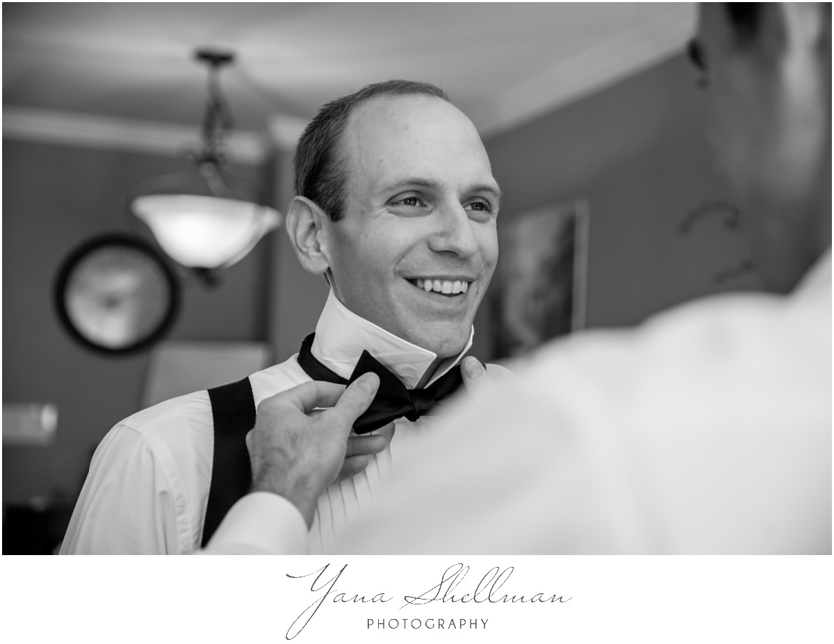 Radnor Valley Country Club Wedding Photos by NJ Wedding Photographer - Alex+Kelli Wedding Photos