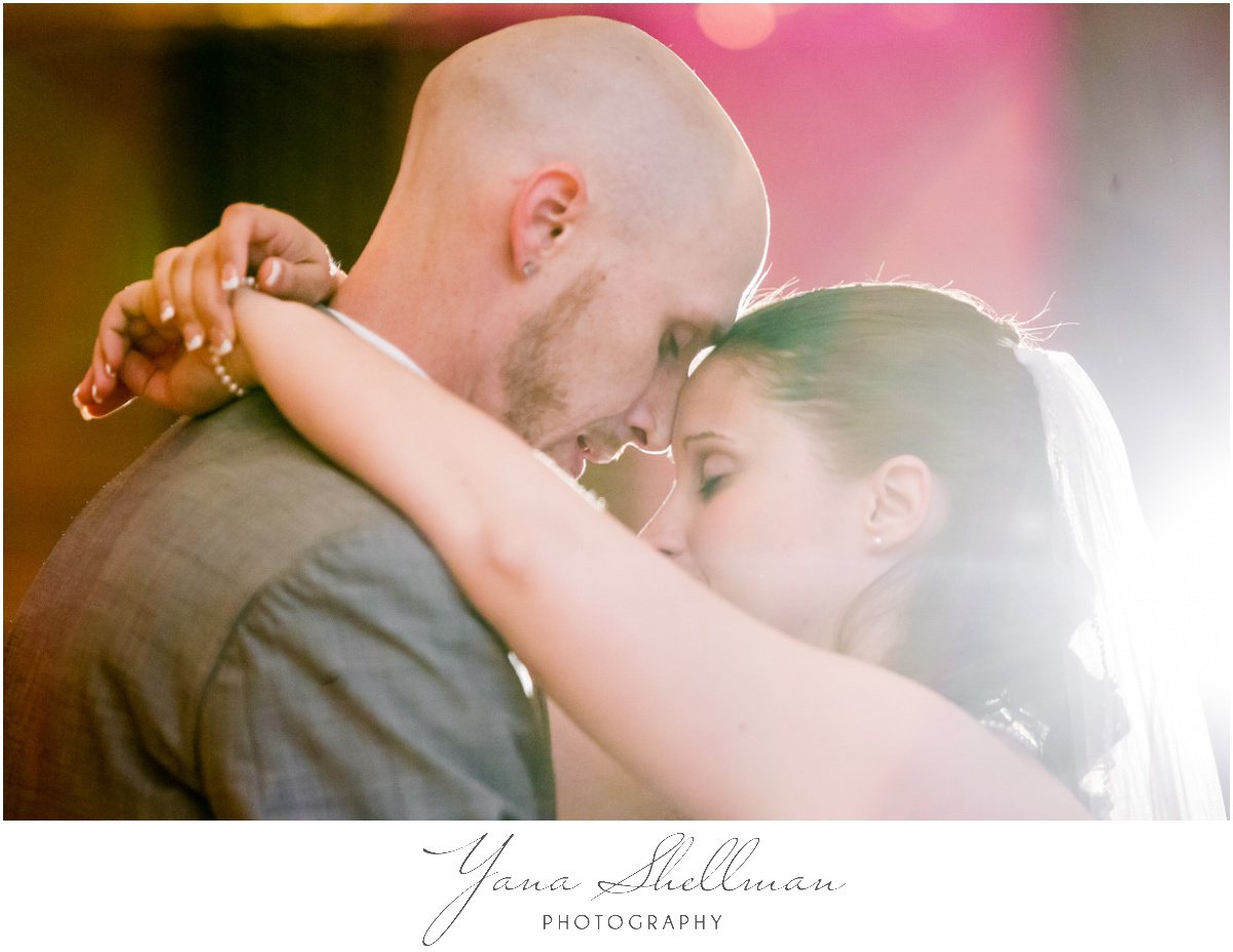 Radisson Hotel Philadelphia Wedding Photos by LBI Wedding Photographers - Rachel+Rick Wedding Photos
