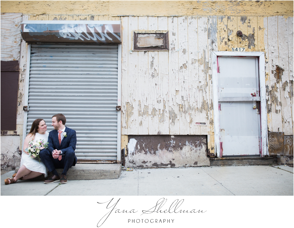 Philadelphia Elopement Photos by the best Philly Wedding Photographer - Hillary+Rob's Elopment Photos