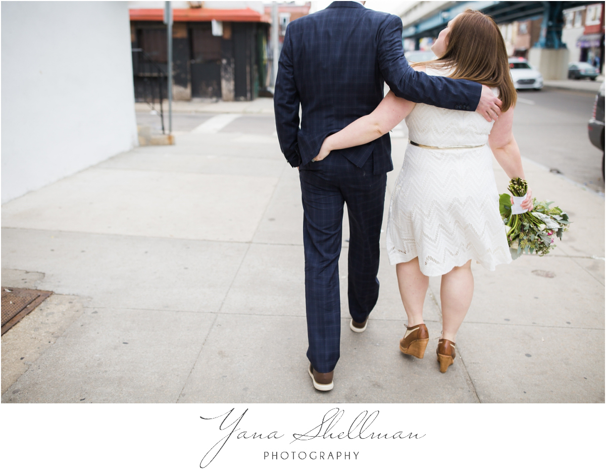 Philadelphia Elopement Photos by the best Philly Wedding Photographers - Hillary+Rob's Elopment Photos