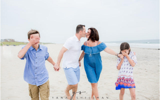 Beach Haven Family Photo Session captured by Beach Haven Photographer - Dave+Debra Family Photos