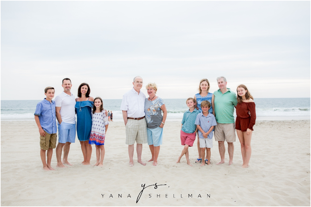 Beach Haven Family Photo Session captured by Beach Haven family Photographer - Linda+Tom Family Photos